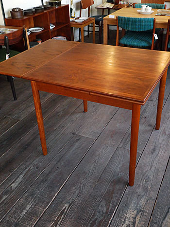 Extension dining table_c0139773_15263896.jpg
