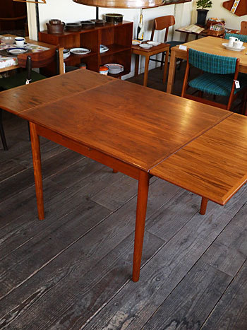 Extension dining table_c0139773_15265039.jpg