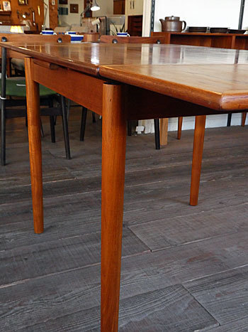 Extension dining table_c0139773_15273663.jpg