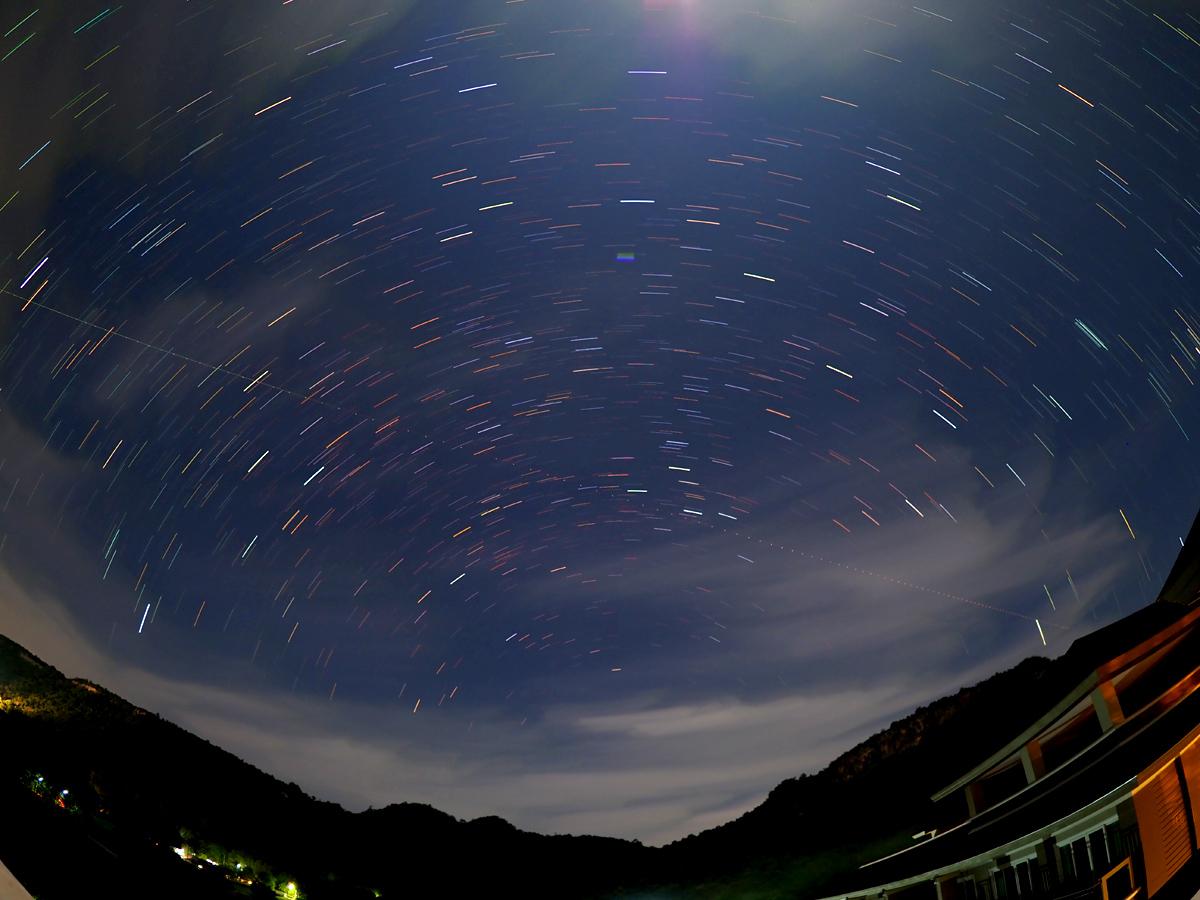 カオヤイで北天の星ぐるぐる_d0283373_1934096.jpg