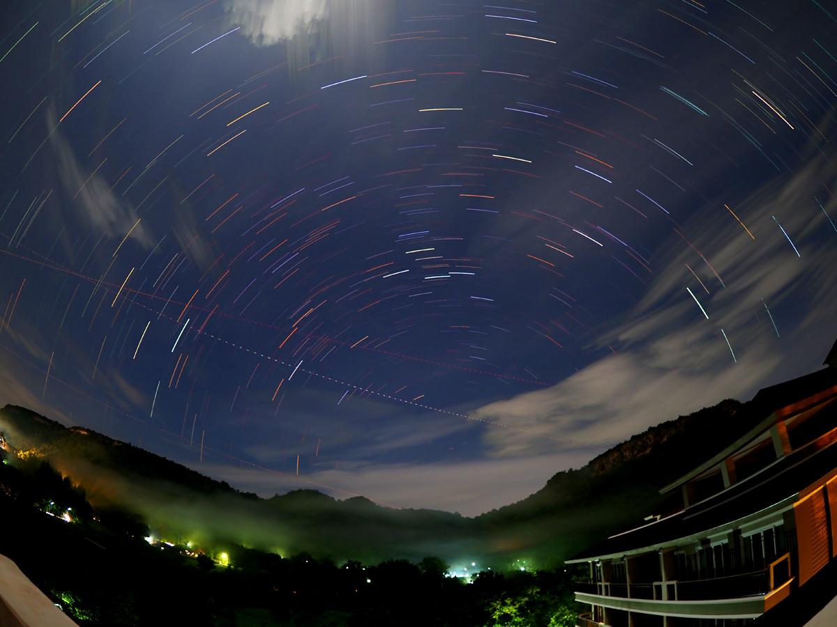 カオヤイで北天の星ぐるぐる_d0283373_1934837.jpg