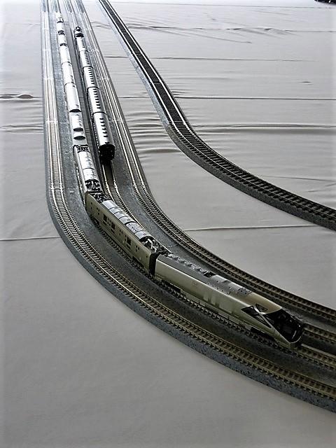 藤田八束の鉄道写真@模型の鉄道も良いね。一ノ関で発見したおもちゃの鉄道、子供たちは目が星に。鉄道模型で楽しい時間_d0181492_19430370.jpg