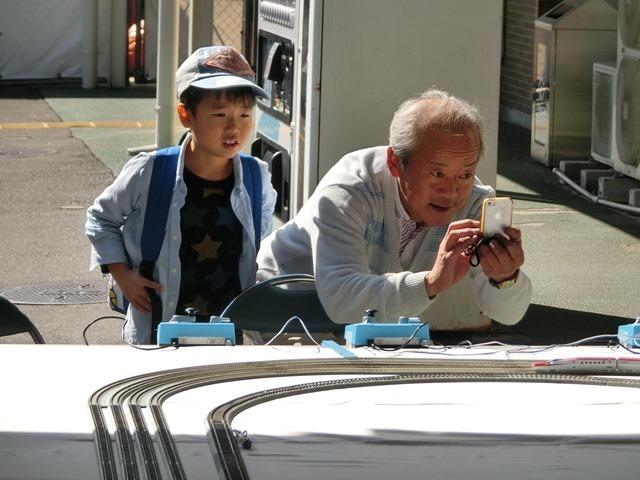 藤田八束の鉄道写真@模型の鉄道も良いね。一ノ関で発見したおもちゃの鉄道、子供たちは目が星に。鉄道模型で楽しい時間_d0181492_19432114.jpg