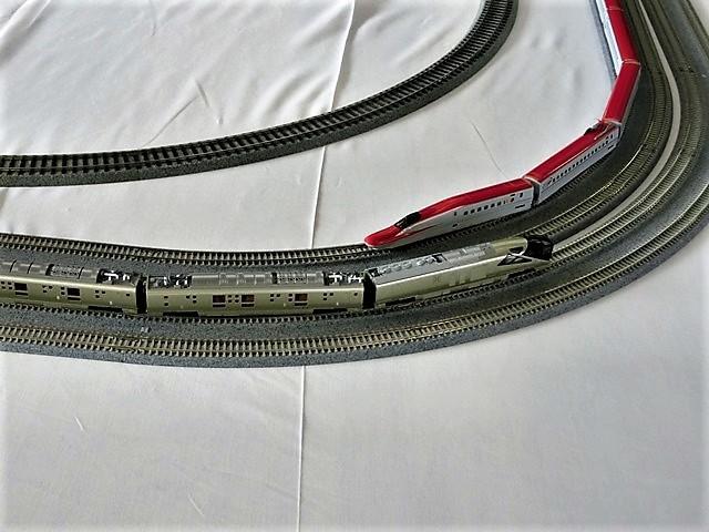 藤田八束の鉄道写真@模型の鉄道も良いね。一ノ関で発見したおもちゃの鉄道、子供たちは目が星に。鉄道模型で楽しい時間_d0181492_19434717.jpg