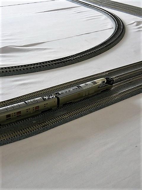 藤田八束の鉄道写真@模型の鉄道も良いね。一ノ関で発見したおもちゃの鉄道、子供たちは目が星に。鉄道模型で楽しい時間_d0181492_19443770.jpg