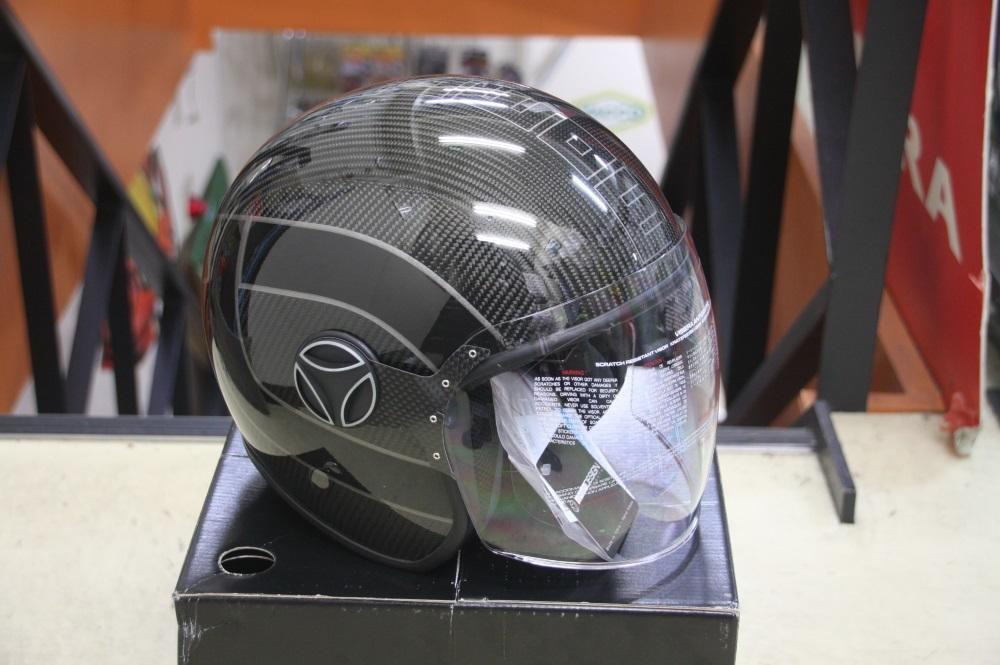 モモデザイン ヘルメット♪_b0117797_18170522.jpg