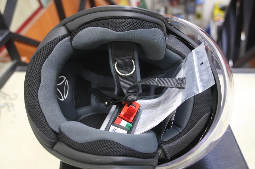 モモデザイン ヘルメット♪_b0117797_18171795.jpg