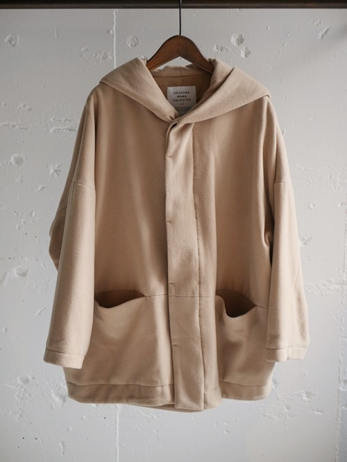 OUTER & KNIT COLLECTION ~グランマ ウールのコートたち~_e0247148_17515180.jpg