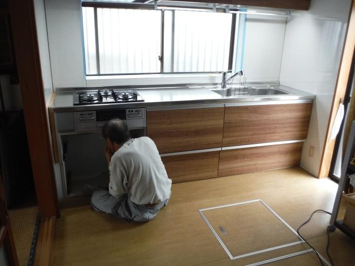 キッチンリフォーム ~ キチン本体取付_d0165368_03051457.jpg