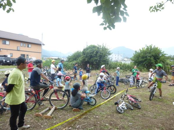 11/25(日)開催、「畑でマウンテンバイク&バーベキュー2018」参加者募集中!_b0217782_19312176.jpg