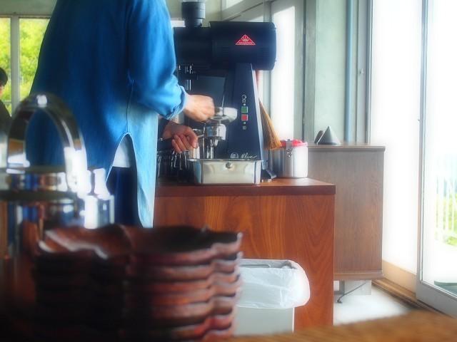 山の上のロースタリは絶景カフェ!_d0295818_22270291.jpg