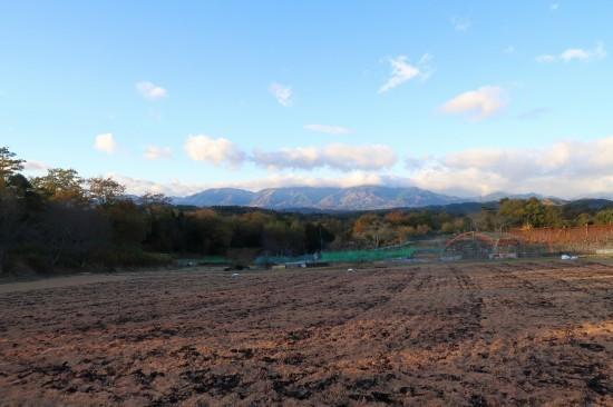 第2圃場の土作りが終わりました。_d0336530_22564026.jpg
