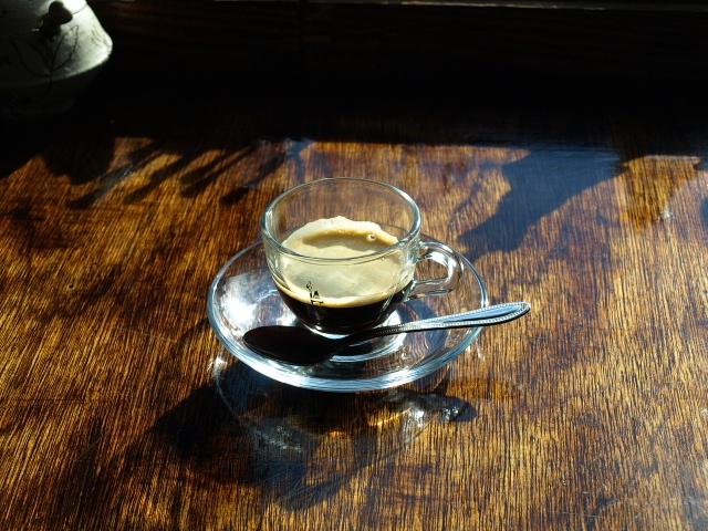 COFFEE PIZZA nonびりーの その4(ピザ ツナ&半熟玉子)_d0153062_22090914.jpg