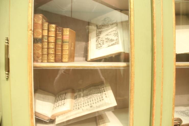 ハンガリー日記 11月6日のこと ブタペスト国立博物館_c0100195_00060590.jpg