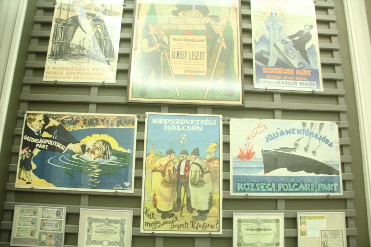 ハンガリー日記 11月6日のこと ブタペスト国立博物館_c0100195_00123069.jpg
