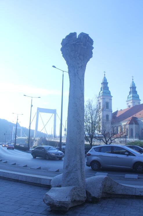 ハンガリー日記 11月6日のこと ブタペスト国立博物館_c0100195_00433306.jpg