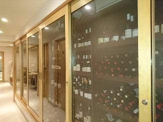 常時800本以上収納のワインセラーとは?!_d0091909_13365540.jpg