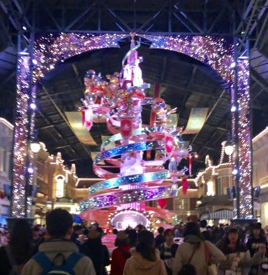 東京ディズニーランドにオーシャンズ12(笑)_f0197215_16345110.jpg