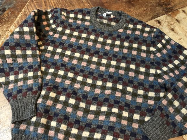 11月15日(木)入荷! 80s〜 Cacharel all virgin wool セーター_c0144020_15080766.jpg