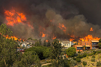 カリフォルニア大規模森林火災_e0103024_10162983.jpg