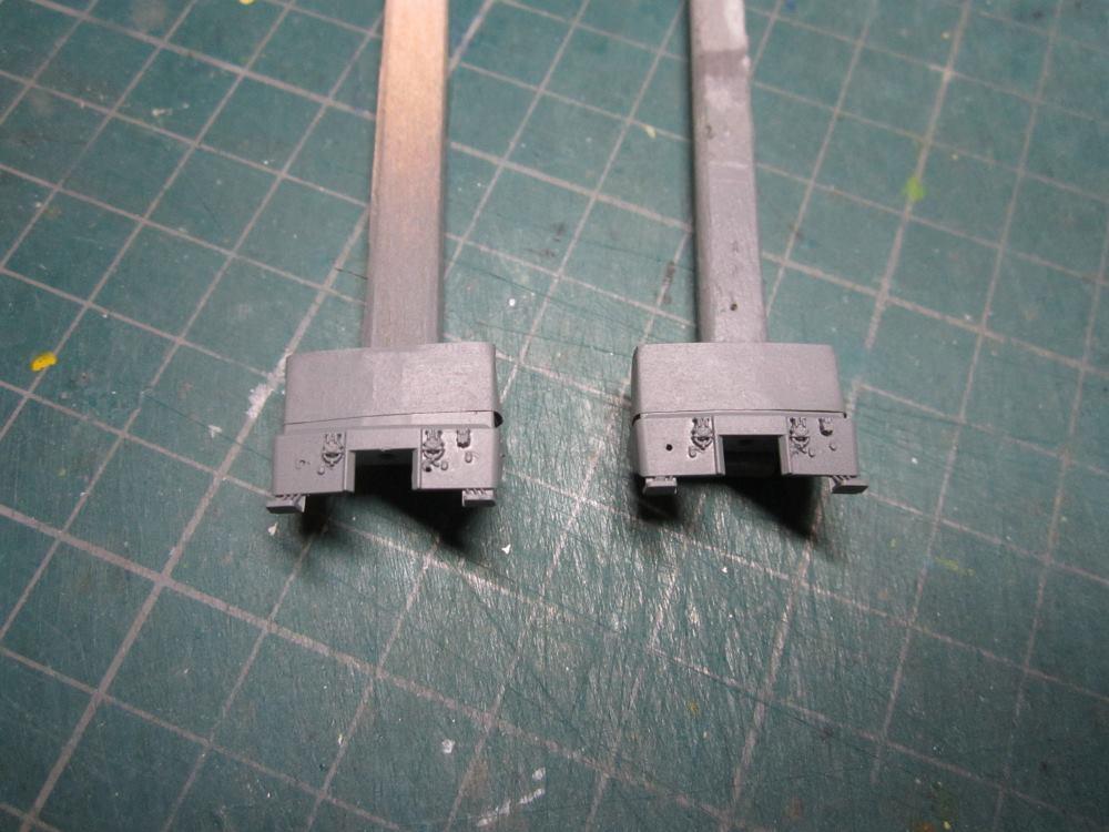 KATO EF65-2000 JR貨物2次更新色をイジろう_e0120143_17102825.jpg