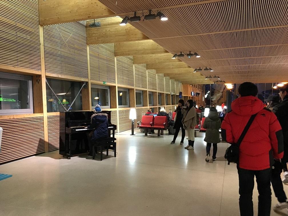 木造ハイブリッド建築  旅の思い出2015から_e0028417_09065719.jpg