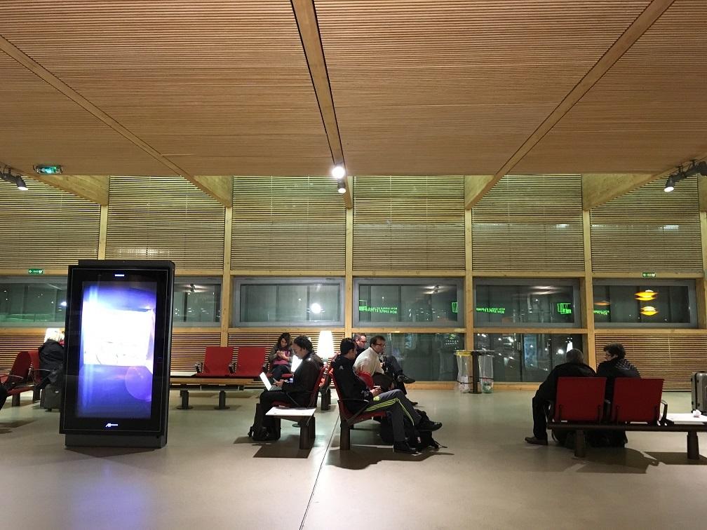 木造ハイブリッド建築  旅の思い出2015から_e0028417_09133537.jpg