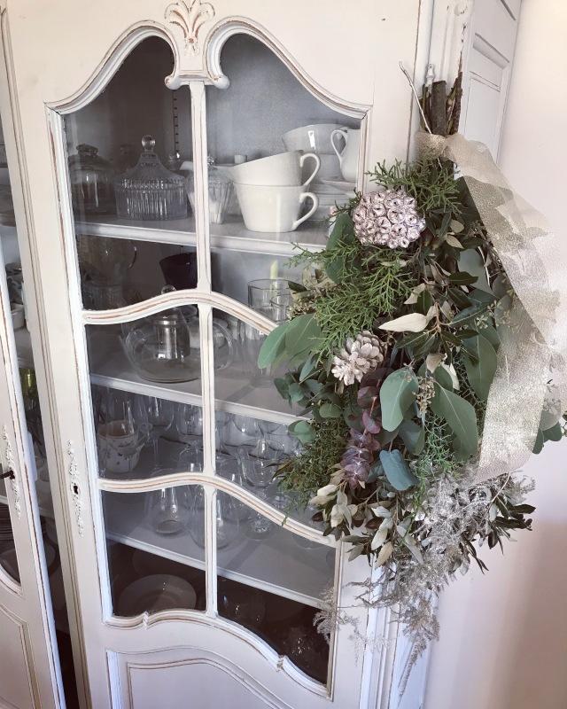 ブリュッセル お花の教室 スワッグ作り._d0355818_18410638.jpg