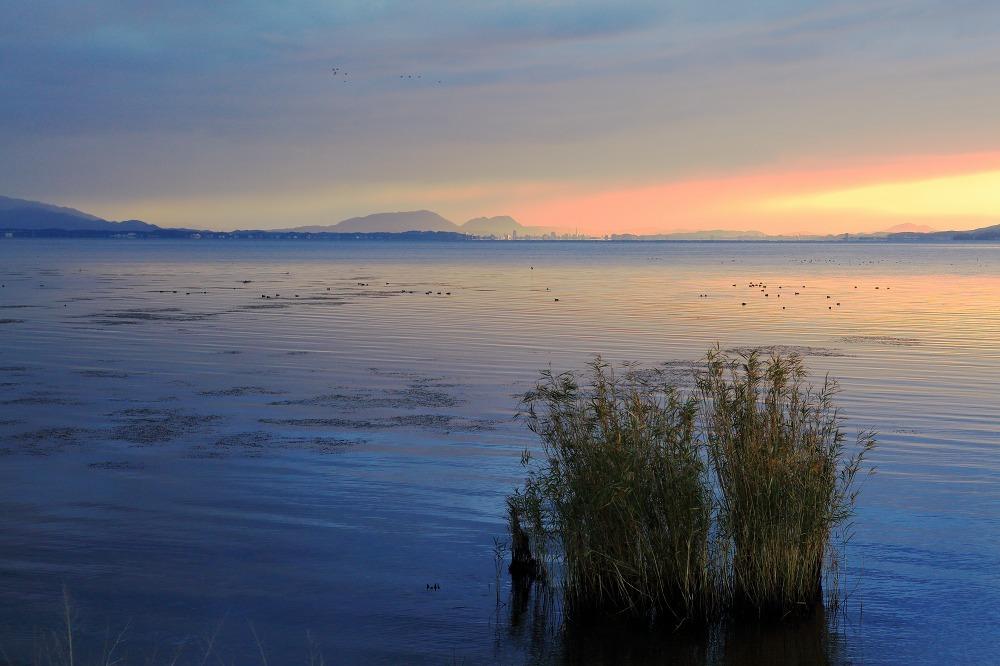 湖畔 朝と夜_a0294534_20404149.jpg