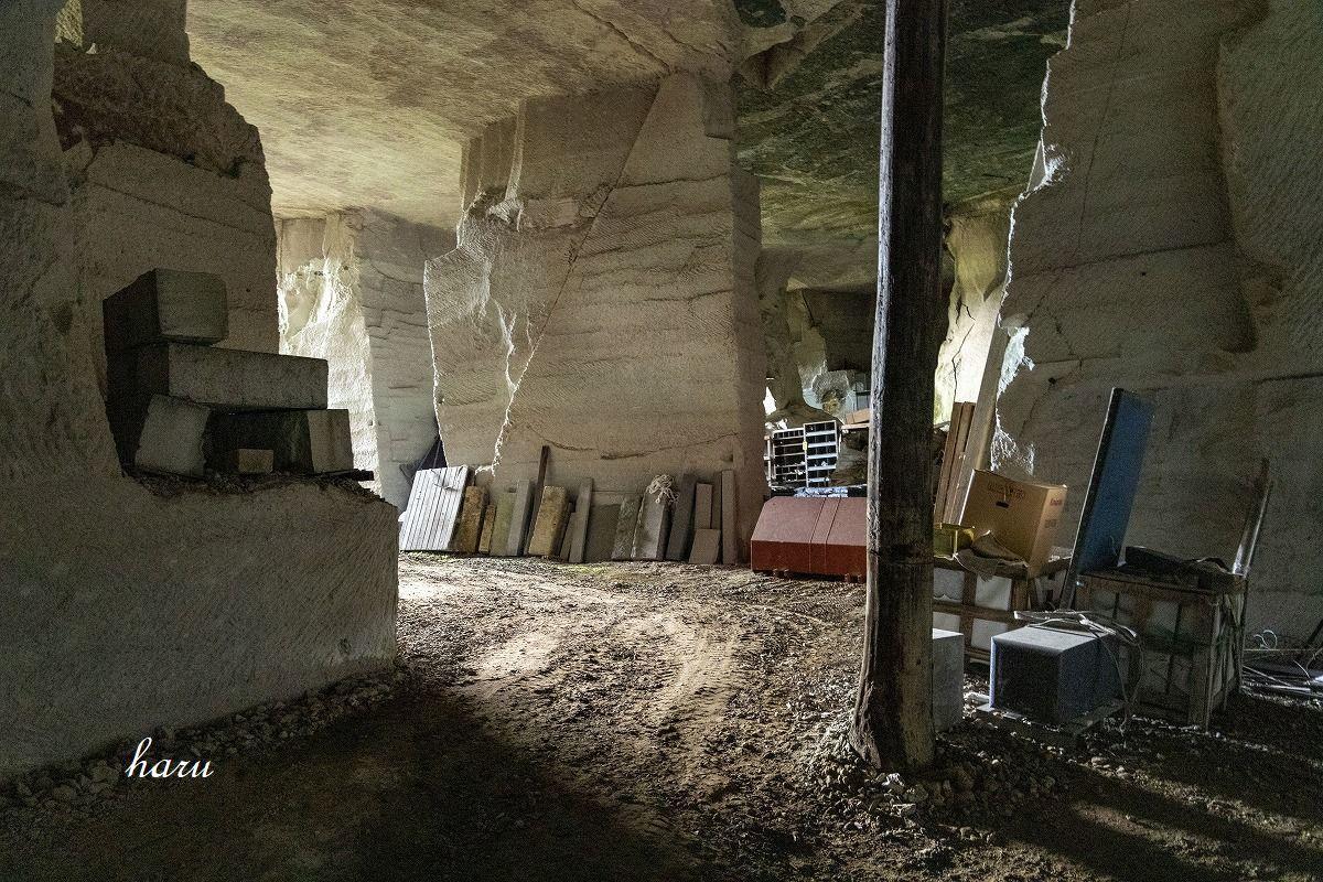 滝ヶ原石採掘石切り場_f0297537_15565041.jpg