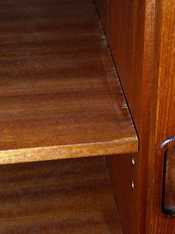 cabinet_c0139773_14083127.jpg