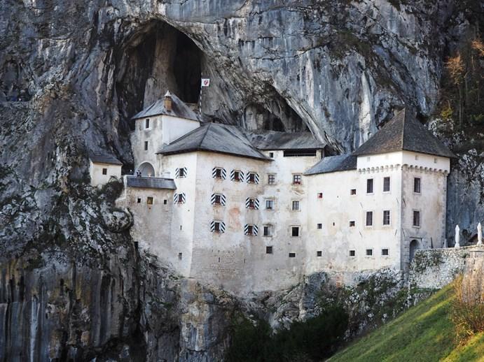 洞窟城とアドリア海_e0148373_02002226.jpg