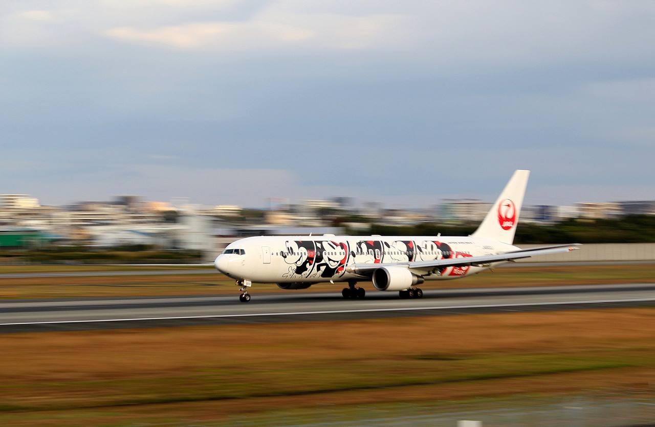 「JAL DREAM EXPRESS 90」が就航・・・_c0213607_23422198.jpg