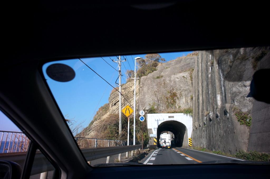 横須賀から金谷港、ドライヴの一日 10/25_c0180686_06323550.jpg
