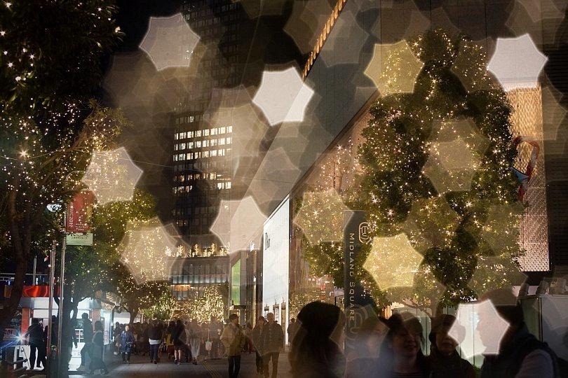 摩天楼街に輝くダビデの星_d0353489_23261425.jpg
