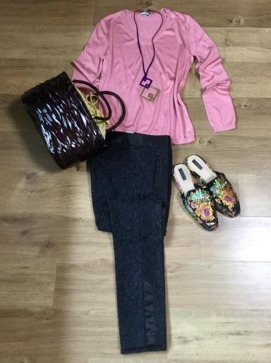 「シルクニット」Pink をどう着る?・着画編_b0210699_01105680.jpeg