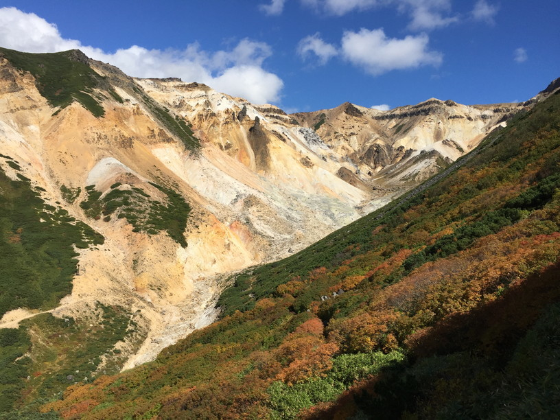 "2018年9月 『大雪・十勝連峰の秋』 September 2018 ""Autumn Color in Mt Taisetsu & Mt Tokachi\""_c0219616_12275937.jpg"