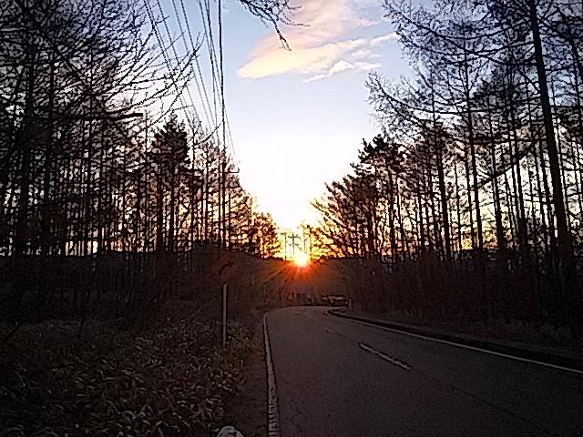 晩秋の夜明け_f0376118_11193973.jpg