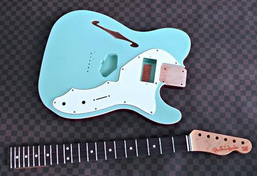 Guitar × 1種と別注ものを含むBass × 3種の塗装が完了!_e0053731_16372826.jpg