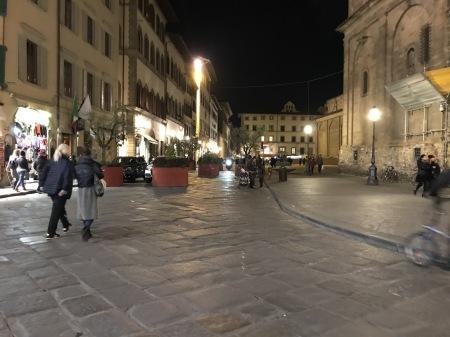 イタリア観光のトラブル:踏み絵_a0136671_03130234.jpg