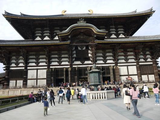 昔の生徒さんが奈良在住・・今日は奈良です_a0123133_13505837.jpg
