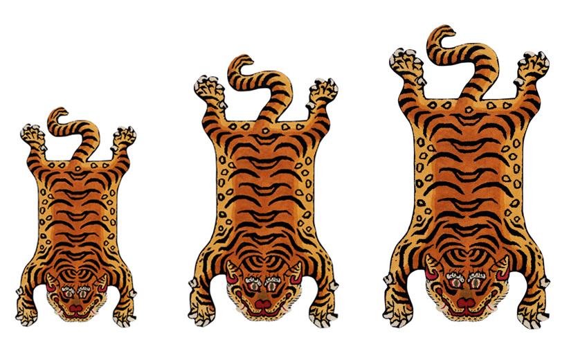 Tibetan Tiger Rug と Kチェア とアラジンブルーフレーム_e0130464_19112067.jpg