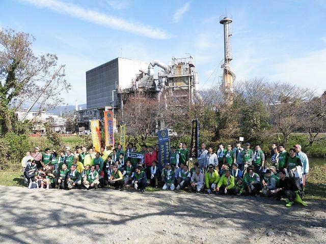 市内5つのライオンズクラブさんからも支援いただき今年は3000球のヒガンバナを植付け 「滝川の水辺 守ろう!遊ぼう!プロジェクト 2018」_f0141310_06430625.jpg