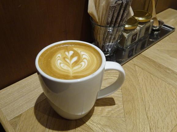 移転後のFEBRUARY CAFEさんでフレンチトースト_e0230011_17193917.jpg