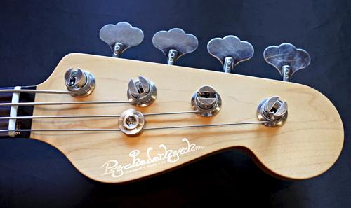 池部楽器店 グランディベース東京オーダーの「MJ-Bass」!!_e0053731_16210966.jpg