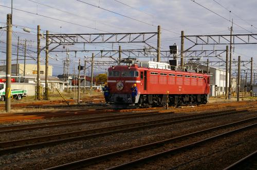 入換作業を酒田駅で撮影・EL日本海庄内号_b0283432_21323594.jpg