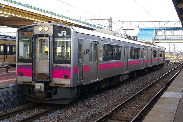 入換作業を酒田駅で撮影・EL日本海庄内号_b0283432_21403093.jpg