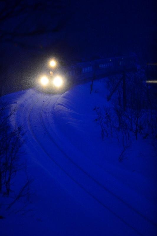 吹雪をついて 宗谷本線_f0050534_22274482.jpg
