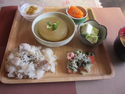 里芋がおいしい季節 ご飯にしました