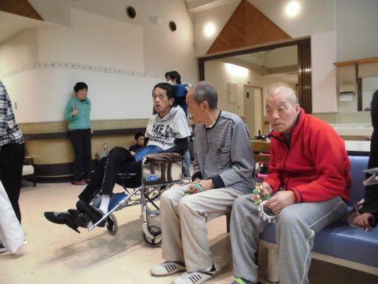 11/19 日中活動_a0154110_08225123.jpg